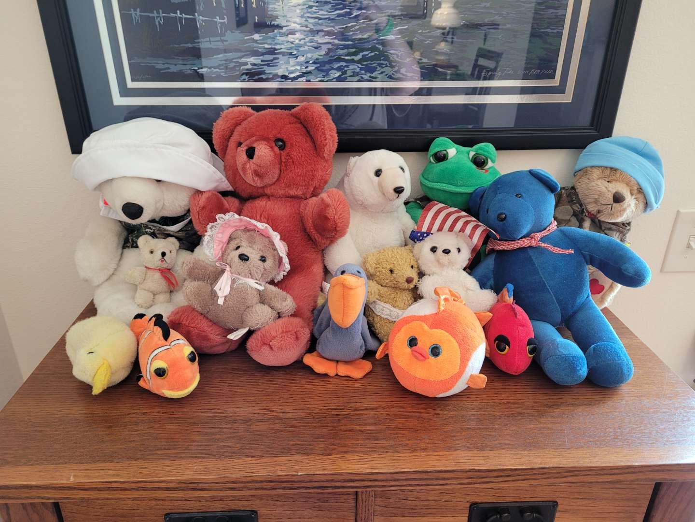 Lot # 331 Assorted Stuffed Animals