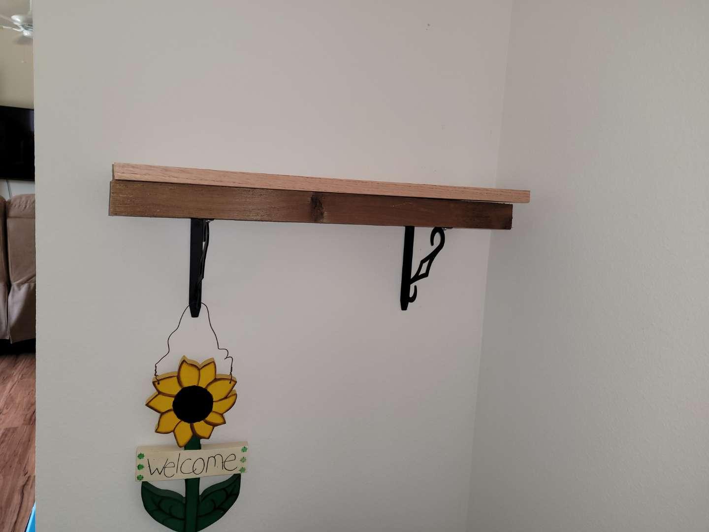 Lot # 367 Wood Shelf & Sunflower