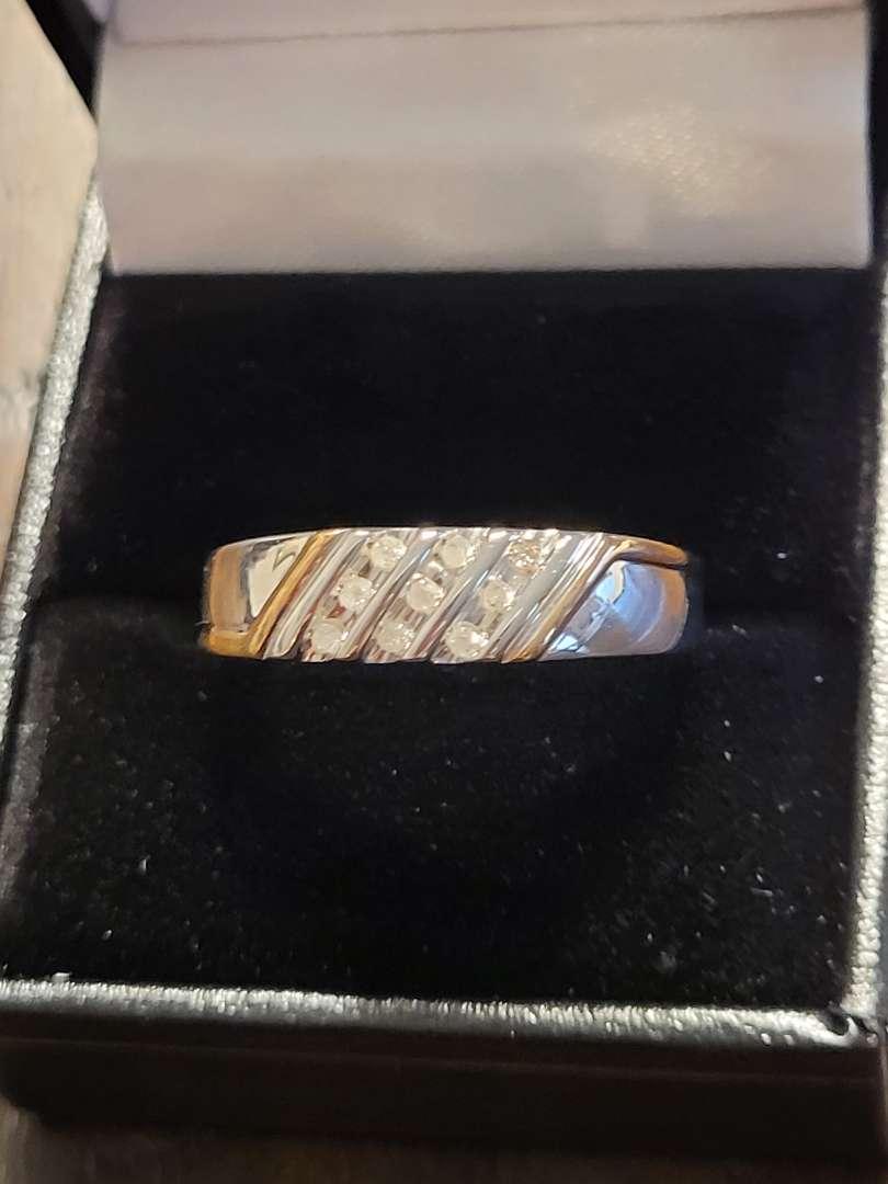 Lot # 389 Men's Two Toned Diamond Wedding Ring - Sterling Silver- Sz 10 - NBW