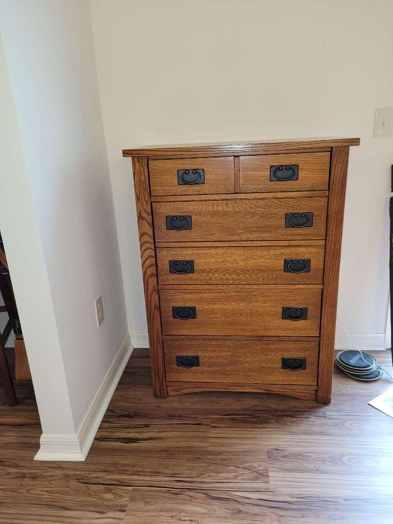 Lot # 396 Very Nice Wood Dresser - Made in USA