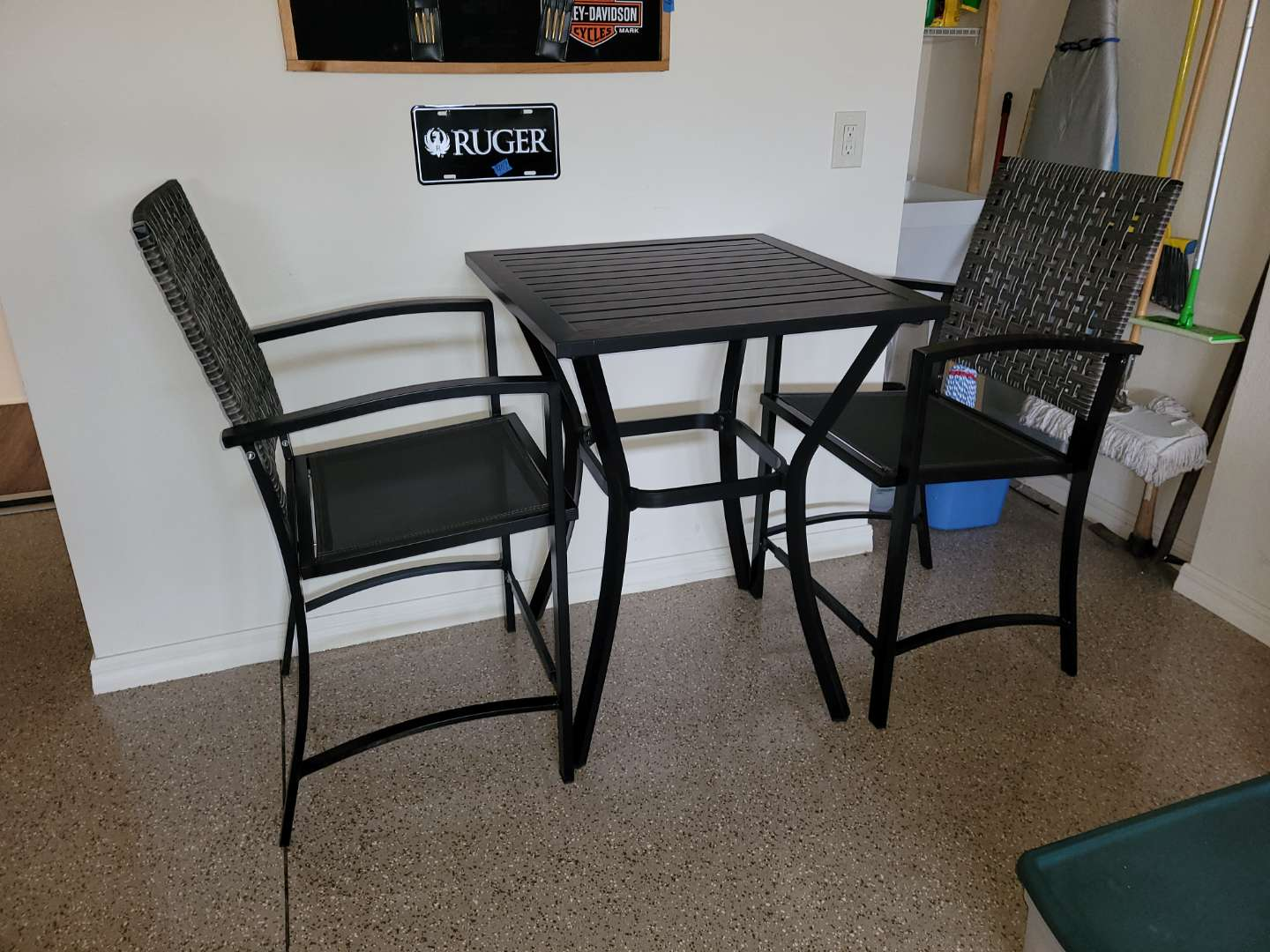 Lot # 410 Hightop Pub Table & 2 Chairs