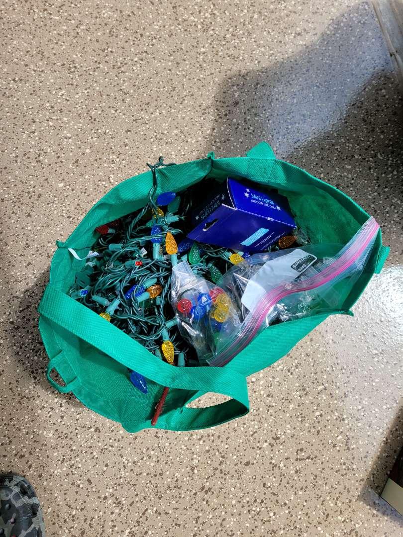 Lot # 419 Bag of Assorted Christmas Lights