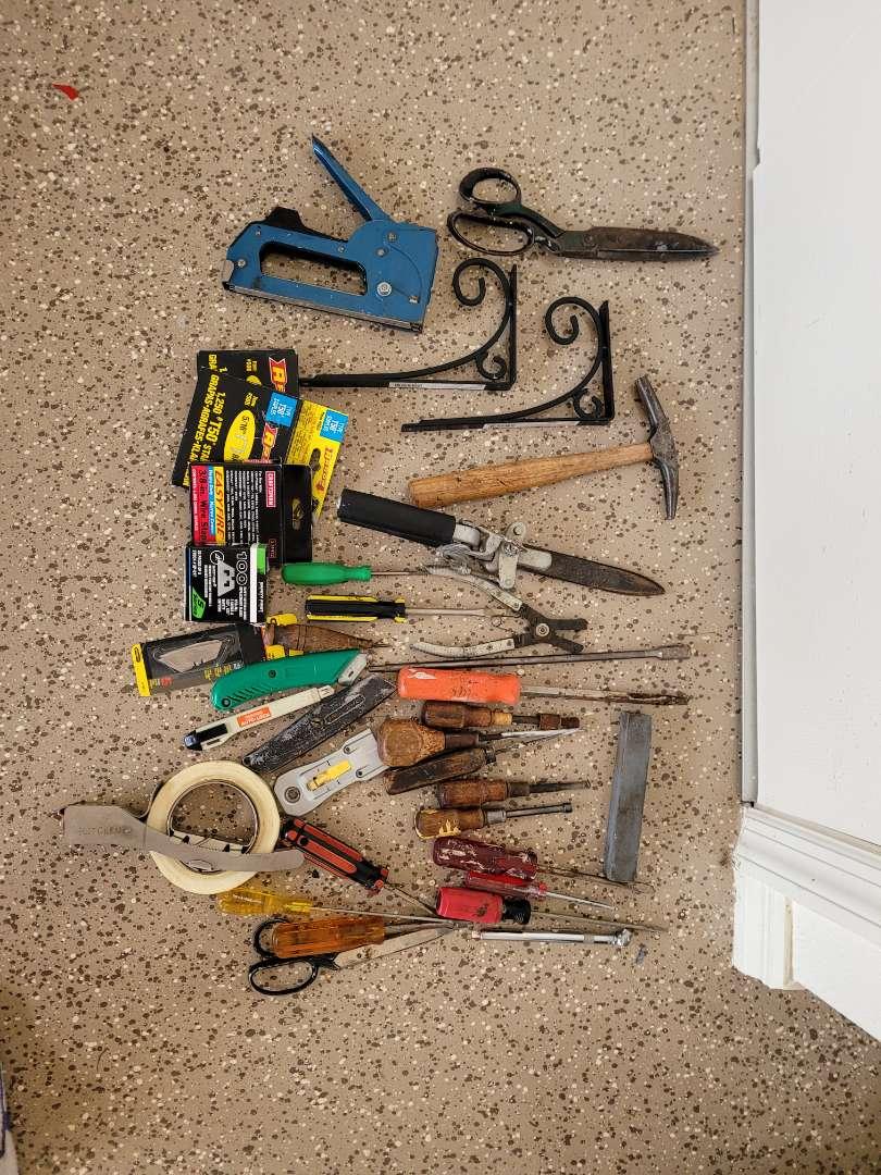 Lot # 432 Assorted Tools