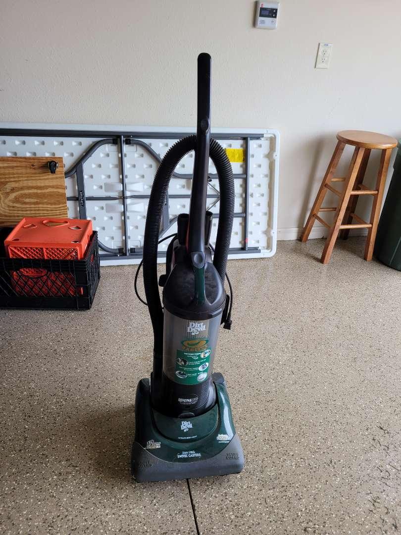 Lot # 443 Bagless Dirt Devil Vacuum