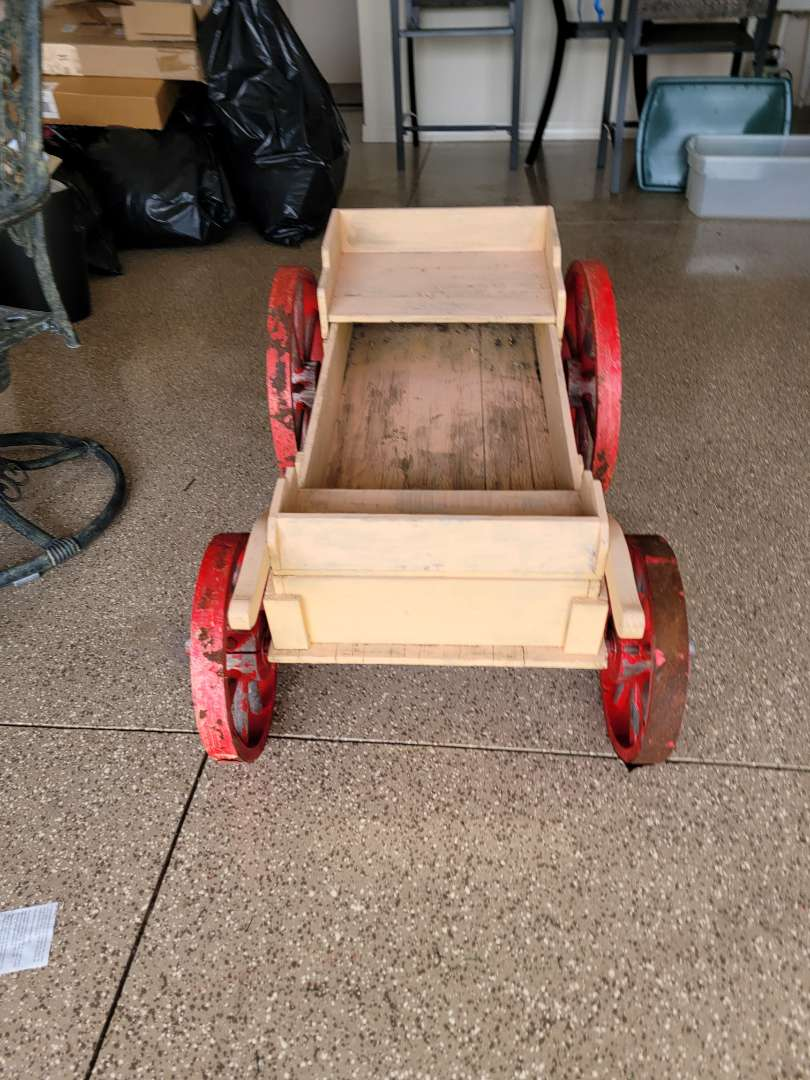 Lot # 452 Large Decorative Wood Wagon