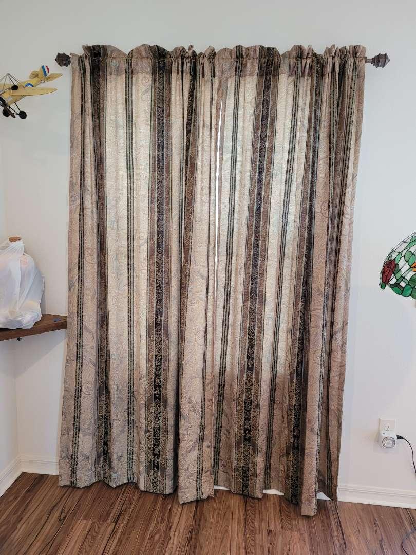 Lot # 456 Large Window Curtains & Adjustable Rod
