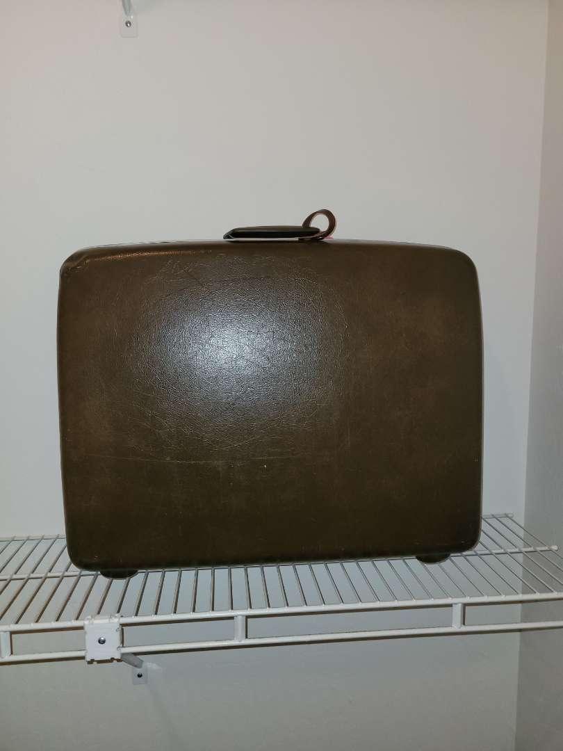 Lot # 14 Vintage Samsonite Luggage
