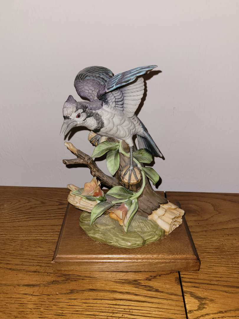 Lot # 42 Bird Statue by Royal Crown