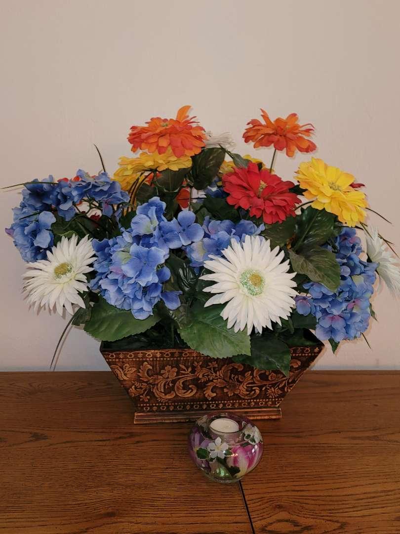 Lot # 43 Faux Flower Bouquet w/ Flower Candle Holder