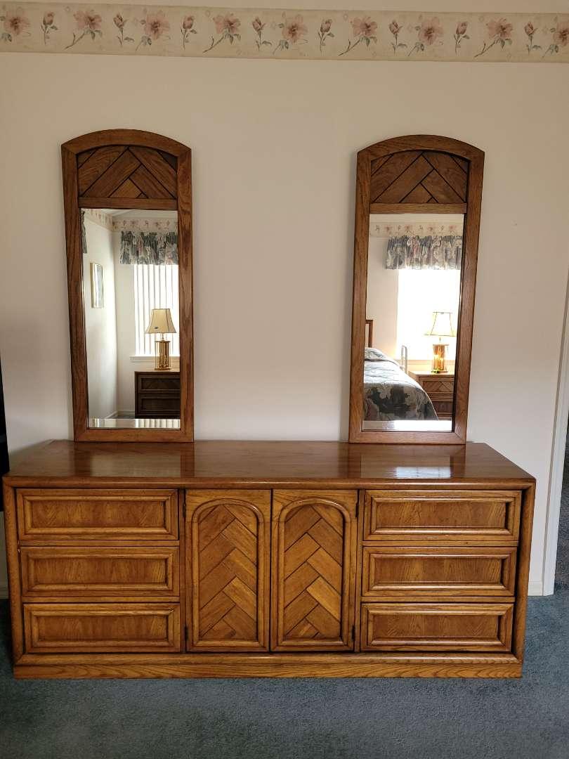 Lot # 51 Beautiful Dixie Furniture Dresser w/ Mirror