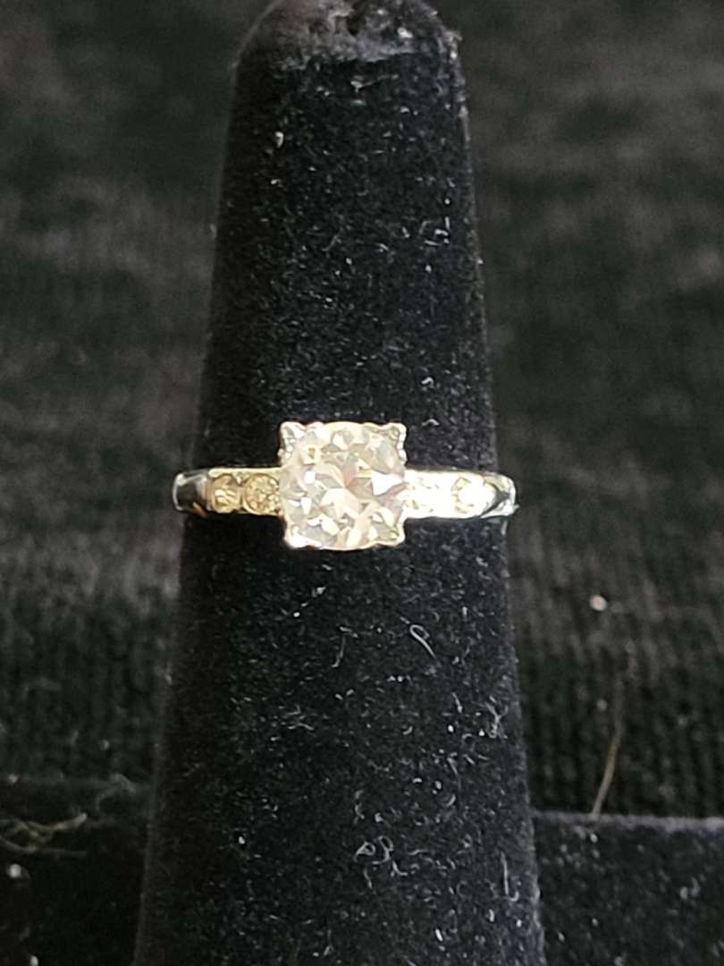 Lot # 85 Sterling Silver Ring - Size 5