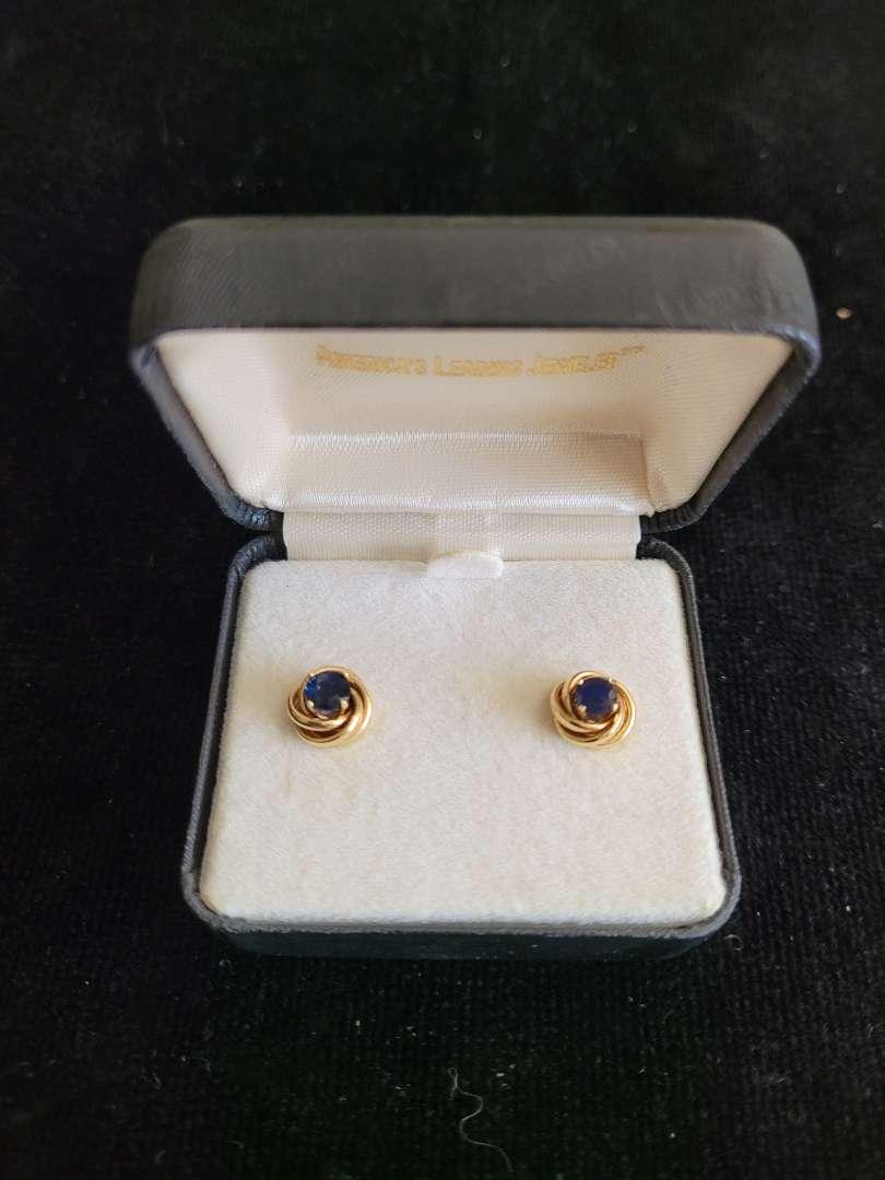 Lot # 86 14k Gold Sapphire Earrings - TW is 2.2g