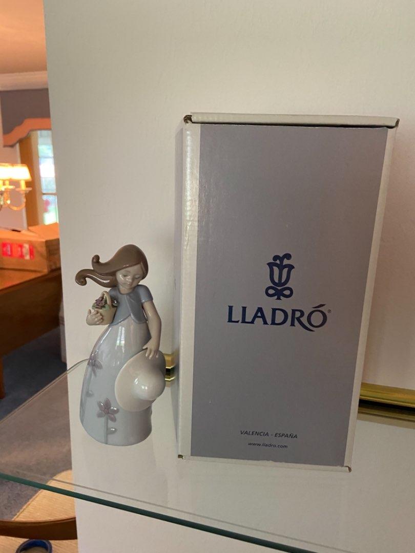 Lot # 131 Lladro Little Violet Girl Porcelain Figurine