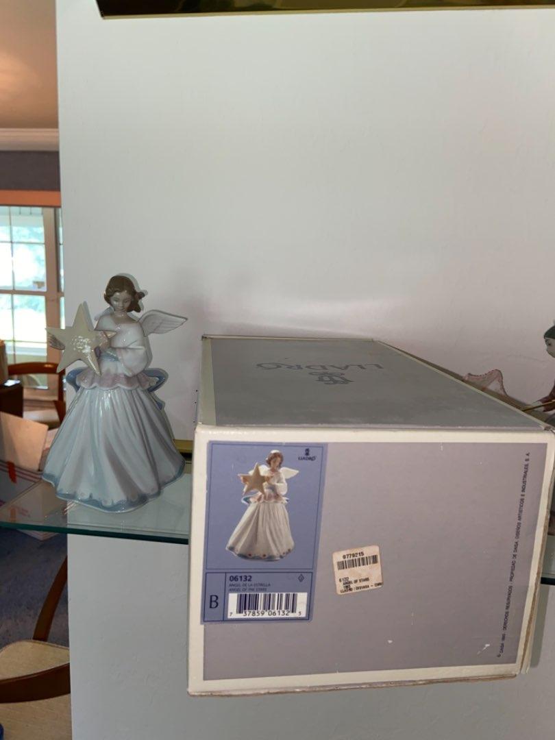 Lot # 135 Lladro Angel of the Stars Porcelain Figurine 06132