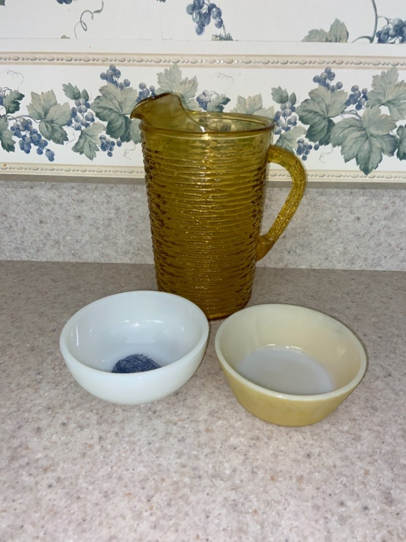 Lot # 153 Vintage Amber Glass Water Pitcher & Bowls