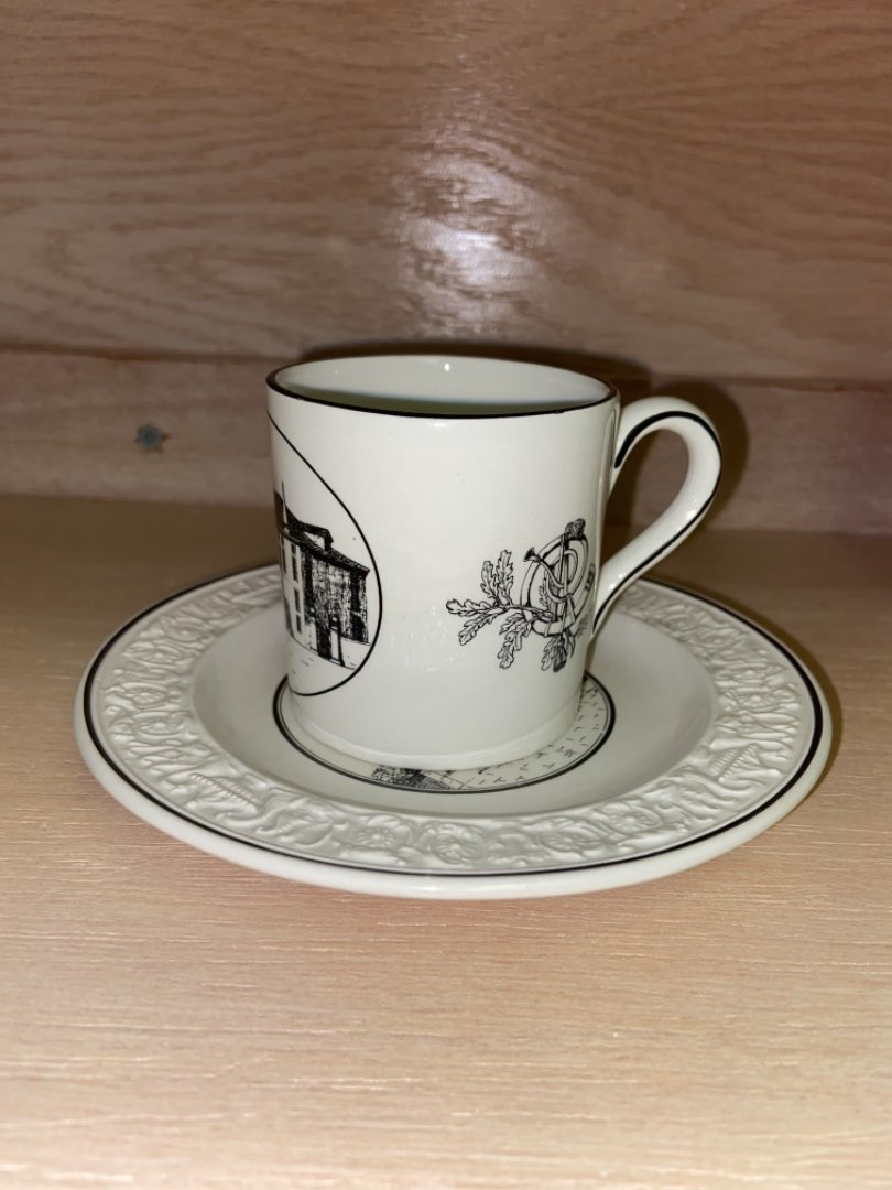 Lot # 160 Mottahedeh Italy Design Tea Cup & Saucer