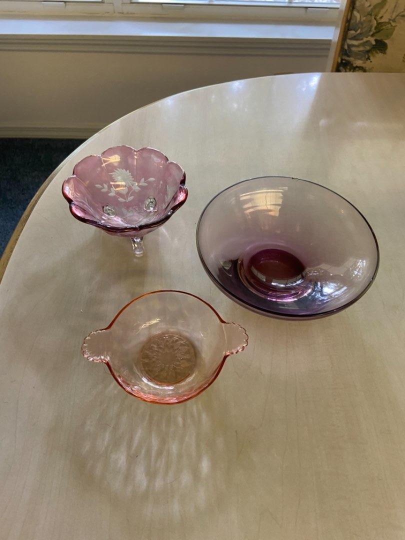 Lot # 170 Beautiful Pink & Purple Dishes