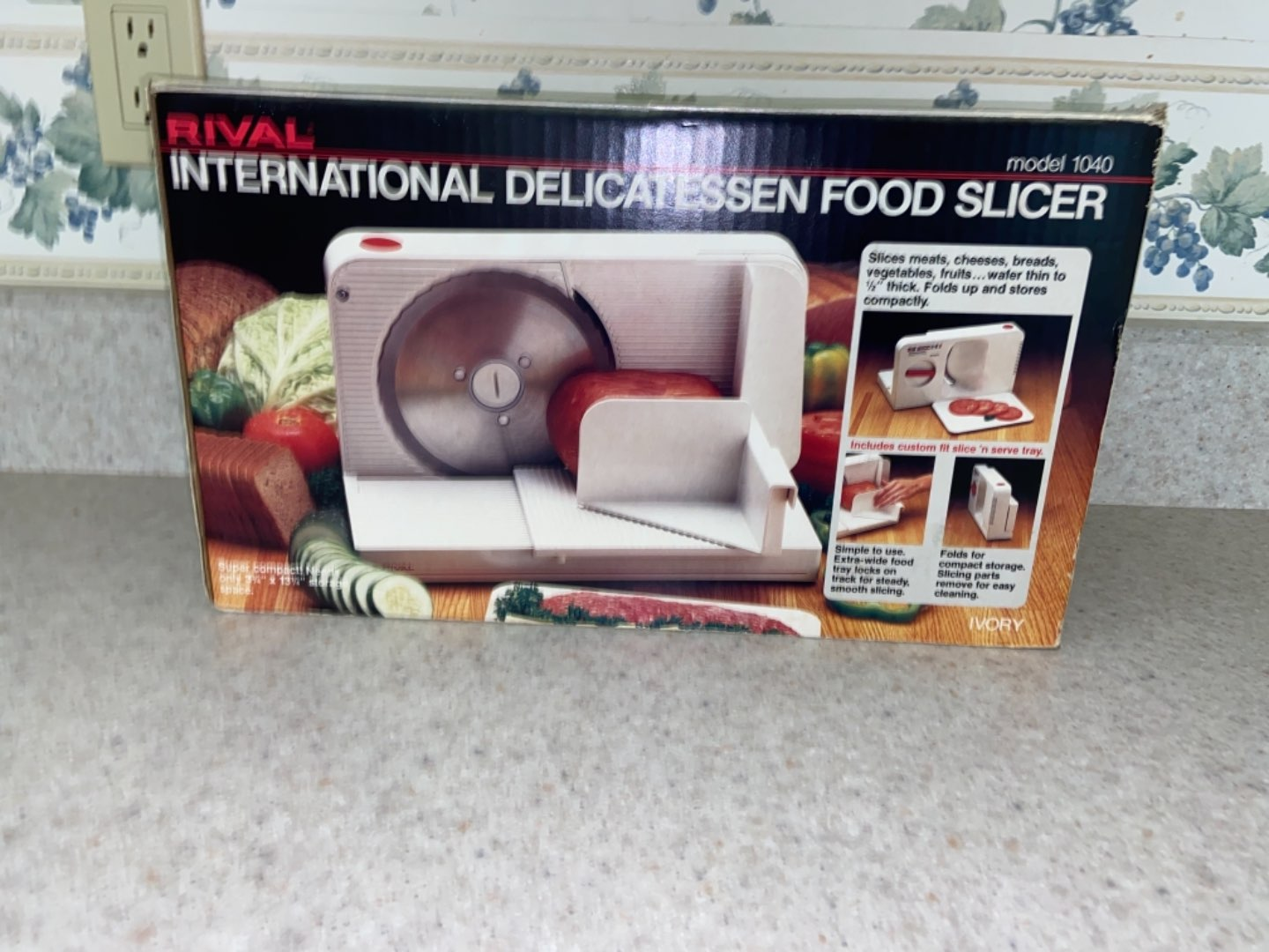 Lot # 187 Rival Electric Food Slicer