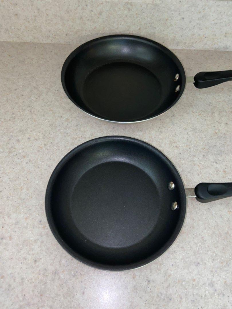 Lot # 190 Farberware Frying Pans