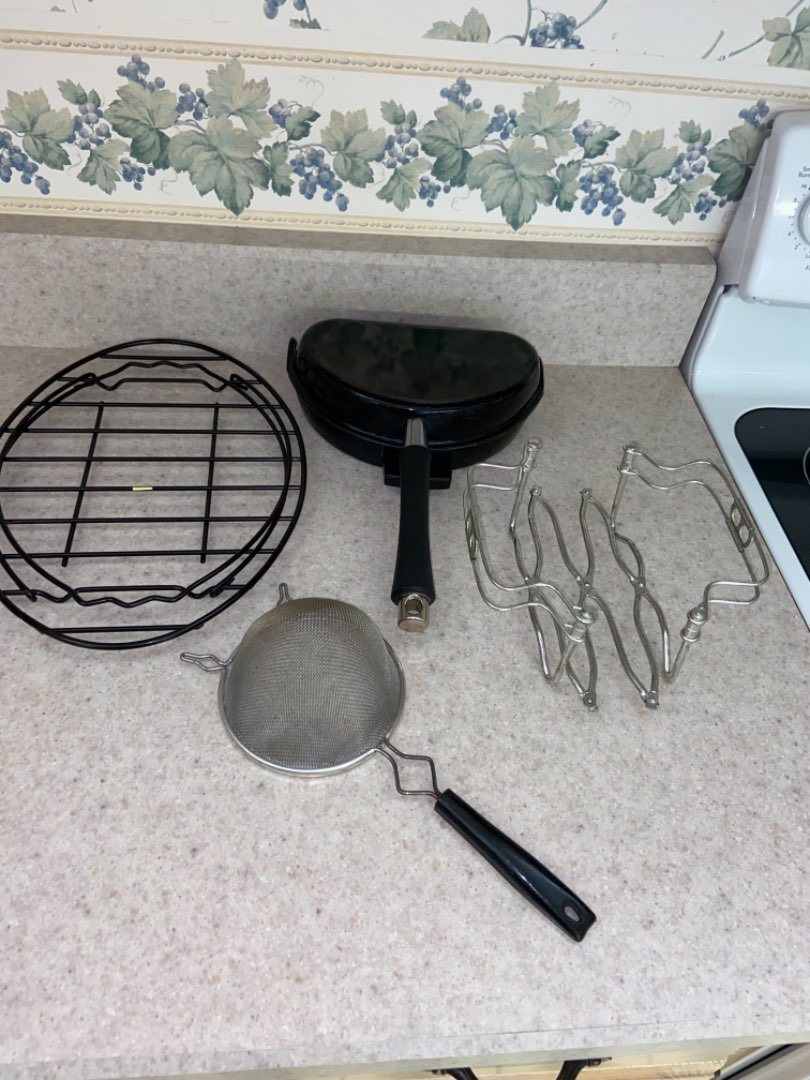 Lot # 196 Omelet Pan, Holders & More