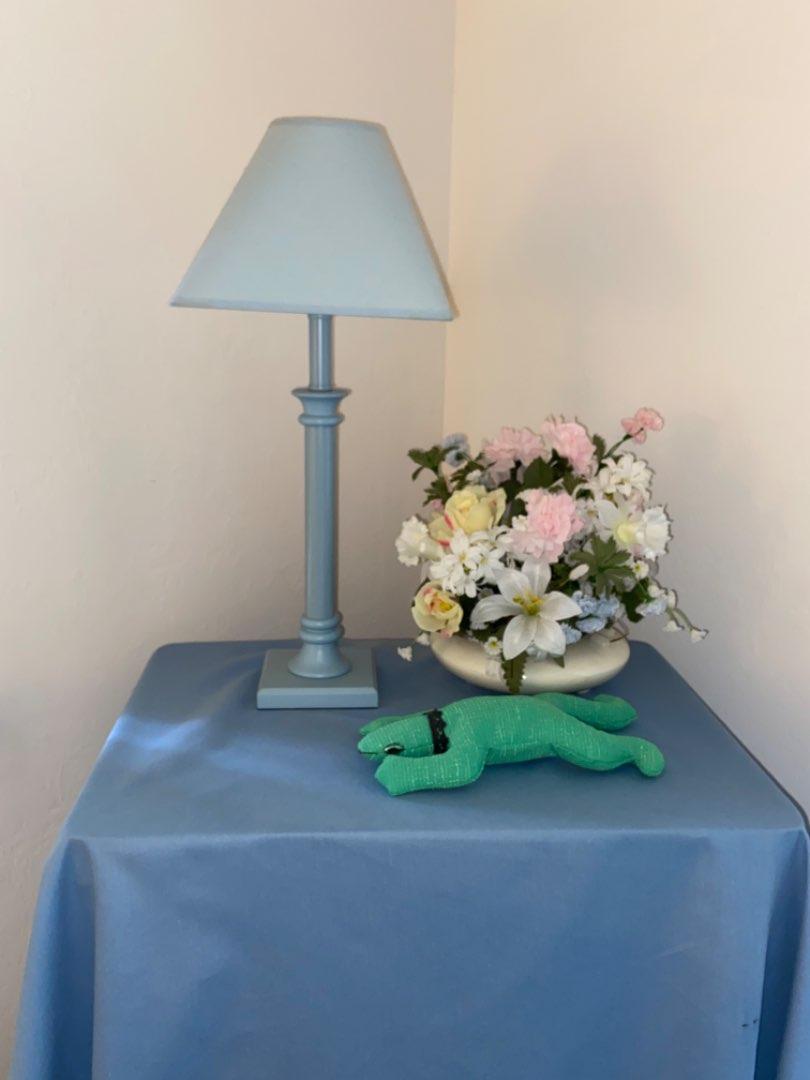 Lot # 209 Lamp, Floral Arrangements & More