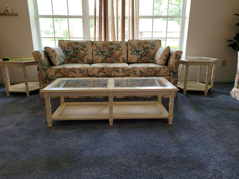 Lot # 268 Livingroom Coffee Table