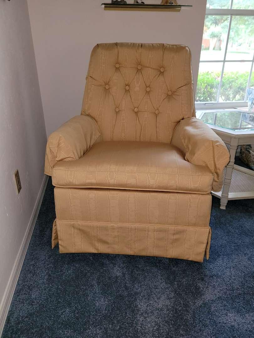 Lot # 271 Vintage Swivel Rocking Chair