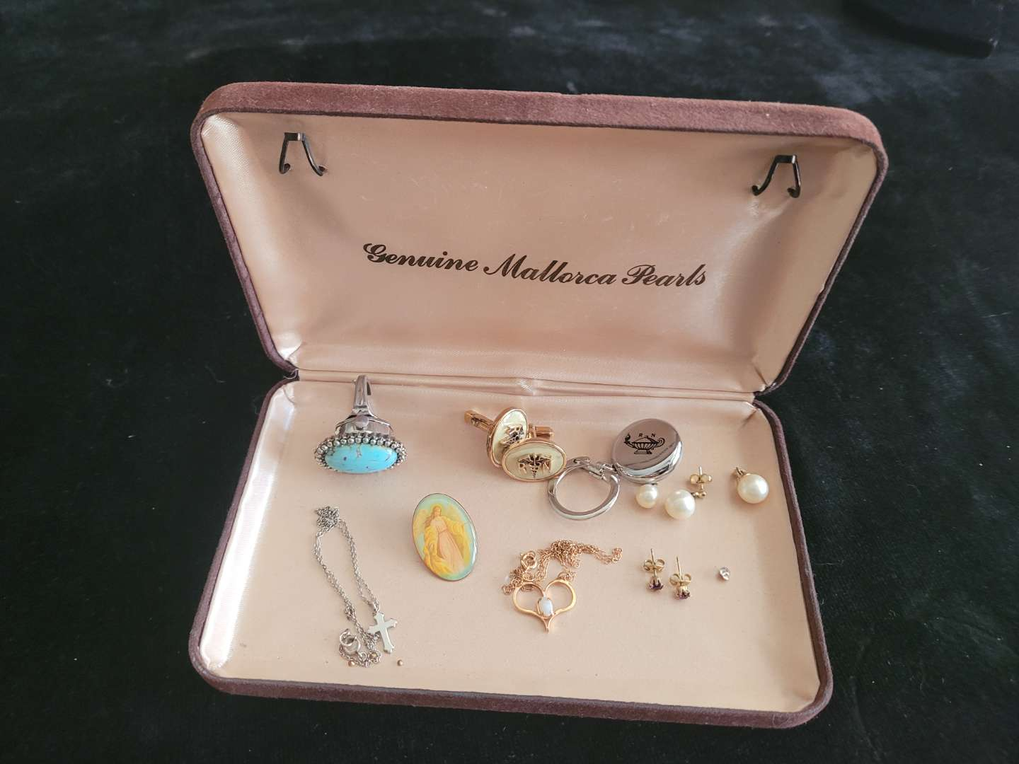 Lot # 312 Assorted Necklaces, Earrings & Cuff Links