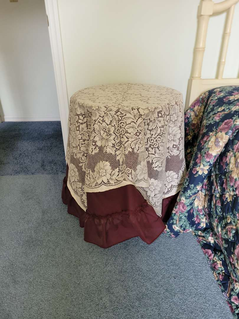 Lot # 339 Side Table w/ Cover & Dollie