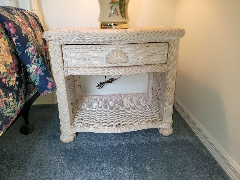 Lot # 348 Wicker/Wood Bedside Table w/ Drawer
