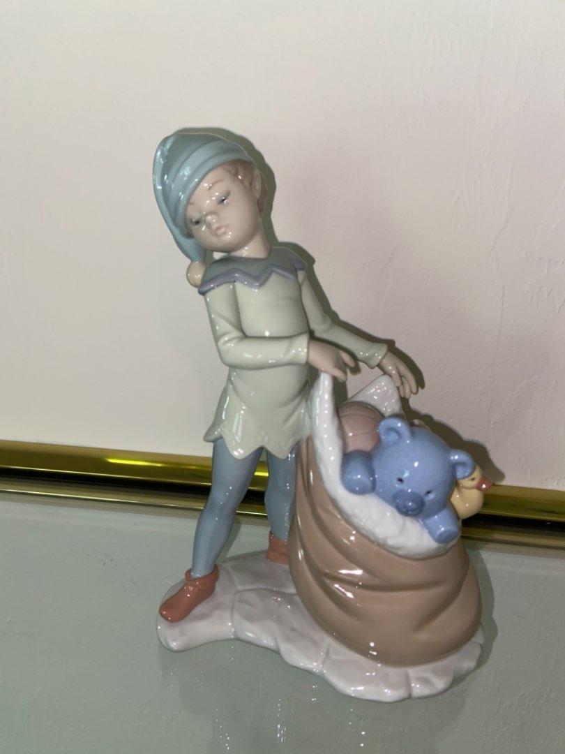 Lot # 351 Lladro 6894 Santa's Magical Workshop Sack of Dreams Porcelain Figurine