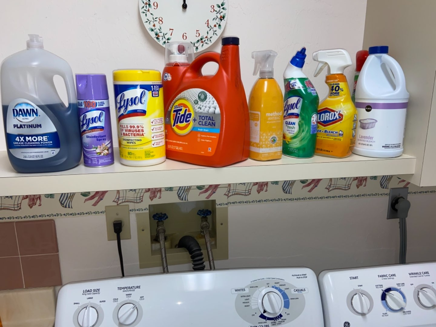 Lot # 379 Laundry & Cleaning Supplies (mostly full)