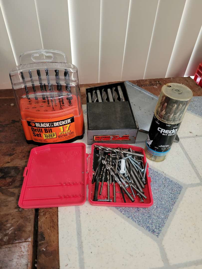 Lot # 394 Assorted Drill Bits