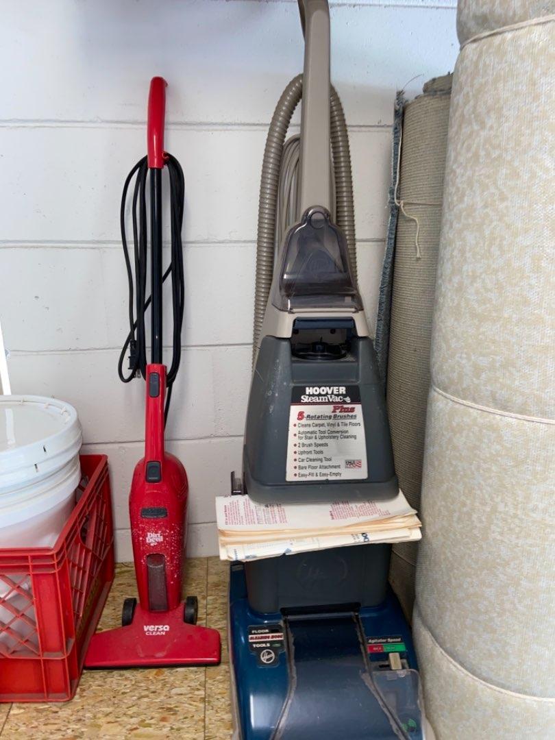Lot # 417 Hoover SteamVac & Dirt Devil