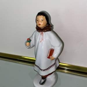 "Lot # 453 Lomonosov Porcelain Figurine 8"" Eskimo School Girl. St. Petersburg Russia"