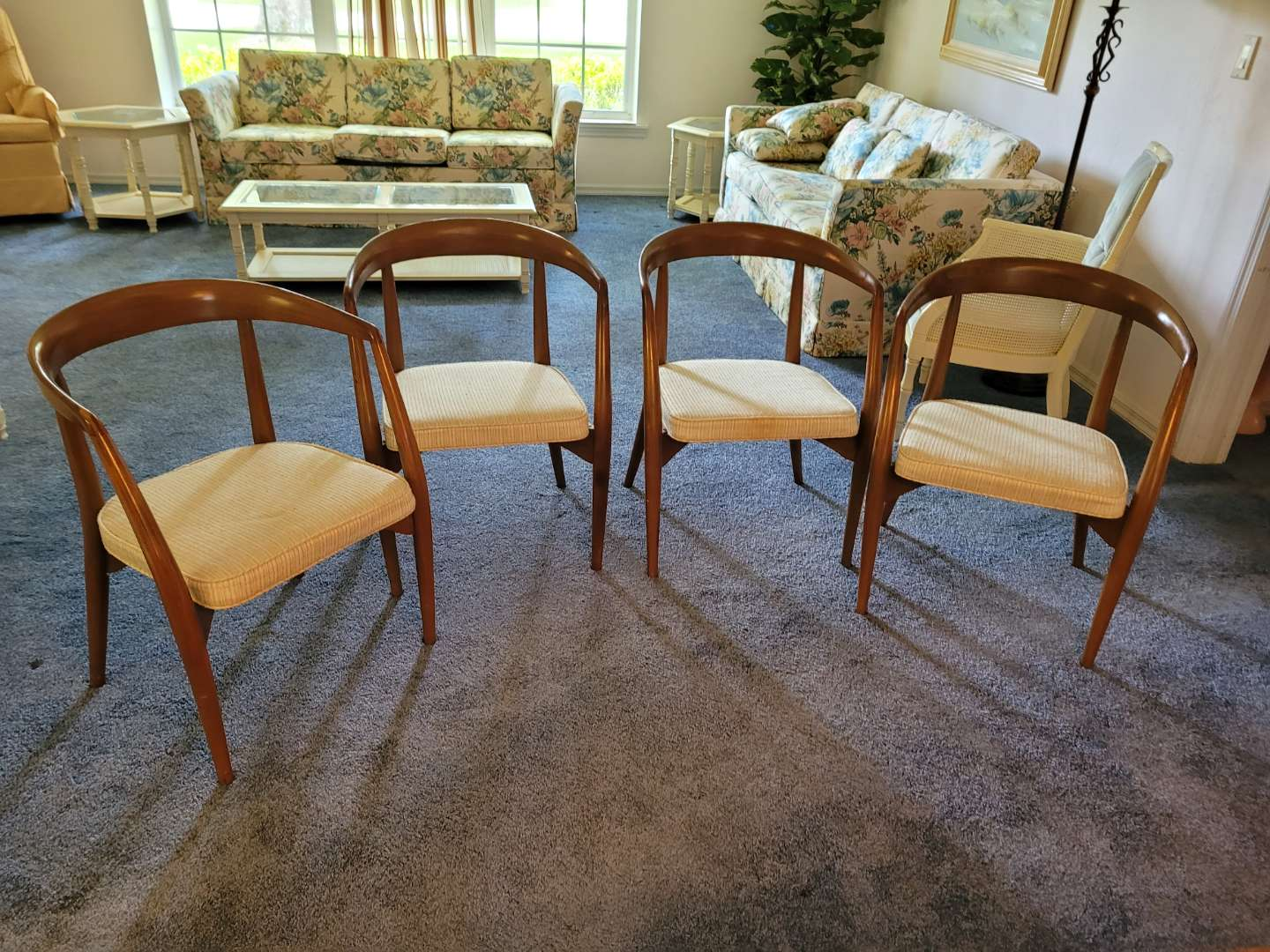 Lot # 484 (4) Vintage Mid Century Modern Curve Back Chairs