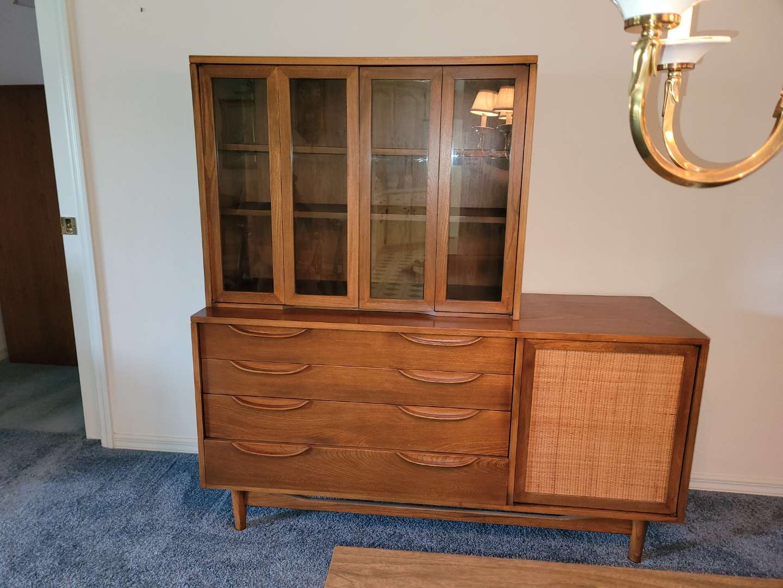 Lot # 486 Vintage Mid Century Modern Richardsons Bros. Peabody Hutch