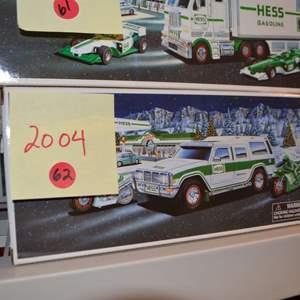 Lot # 62 2004 HESS TRUCK NIB