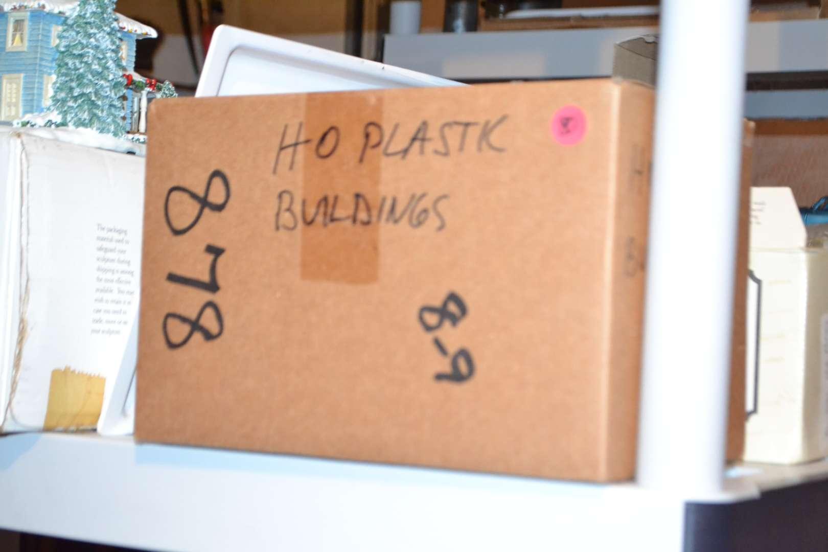 Lot # 80 HO SCALE PLASTIC BUILDINGS