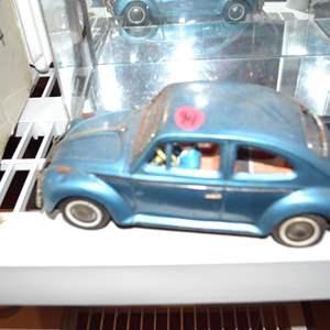 Lot # 94 VINTAGE VW BUG