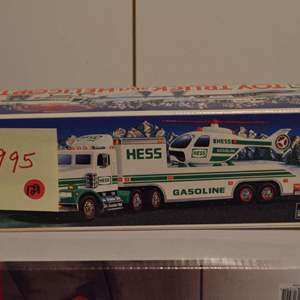 Lot # 129 HESSS TRUCK 1995