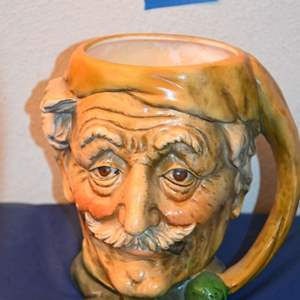 Lot # 100 Vintage C669 head mug