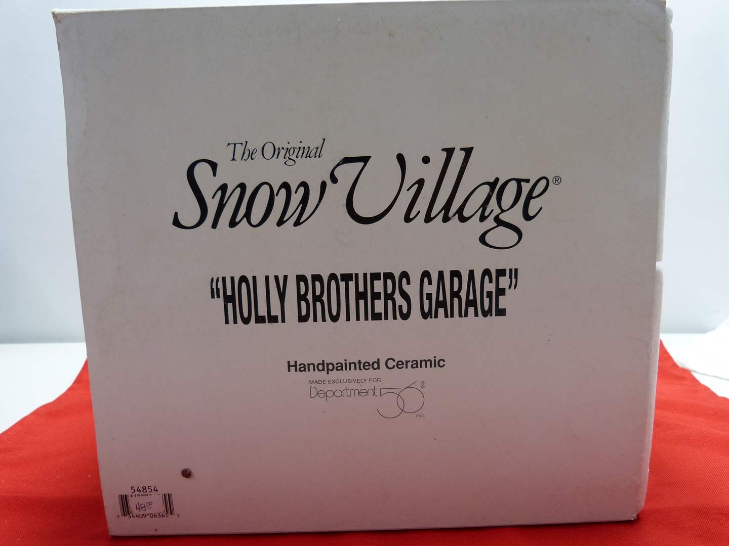 """Lot # 5  Dept 56 """"Holly Brothers Garage""""  great building (missing light) (main image)"""