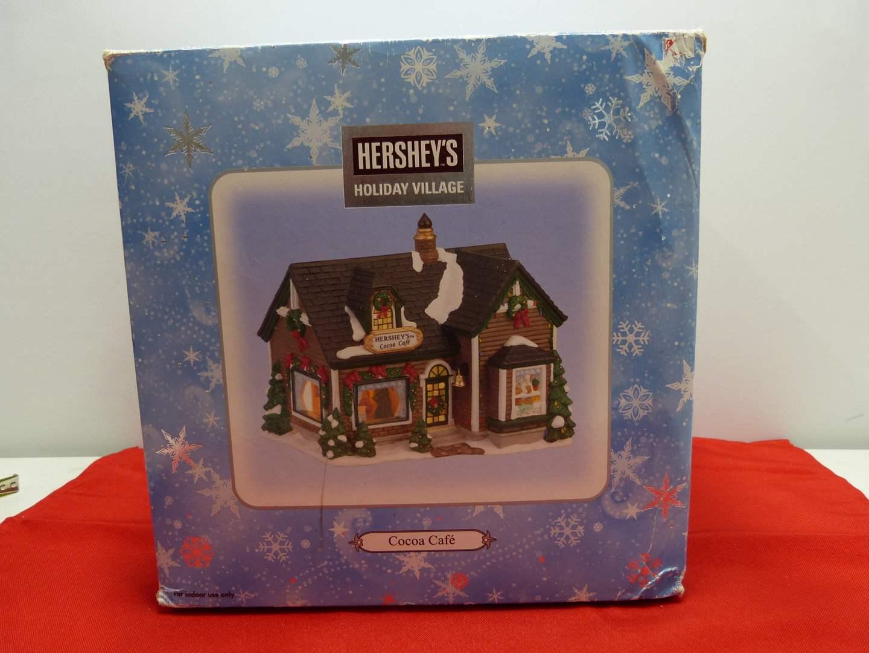 Lot # 20   Holiday house  Hershey's Holiday Village w/light (main image)