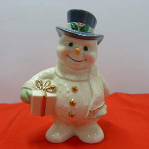 Lot # 28  Great Lenox Snowman (perfect condition)