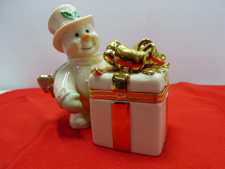Lot # 29  Great Lenox Snowman Trinket Box (perfect condition)