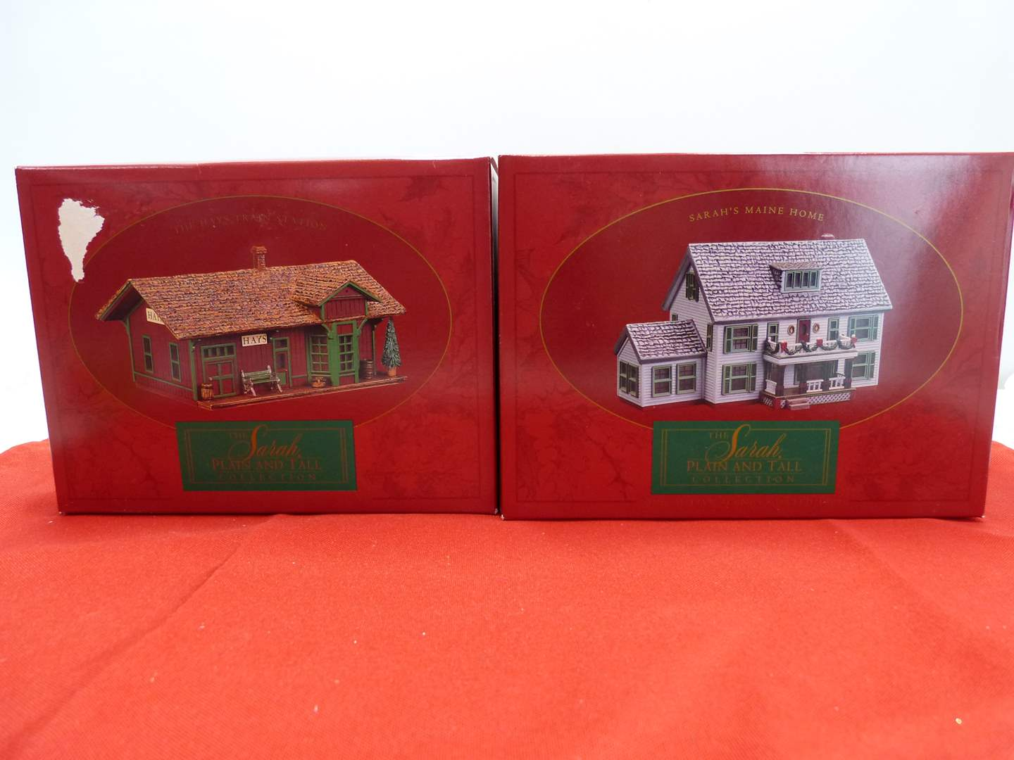 Lot # 64  2 Sara Plain and Tall Collection houses in original boxes