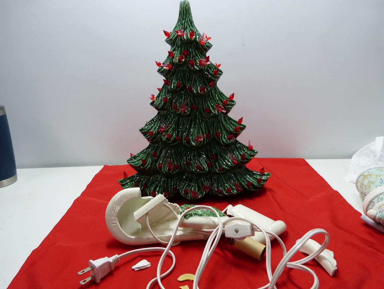 Lot # 81  VERY SAD!!  Unique Light Up Christmas Tree ((needs major TLC)