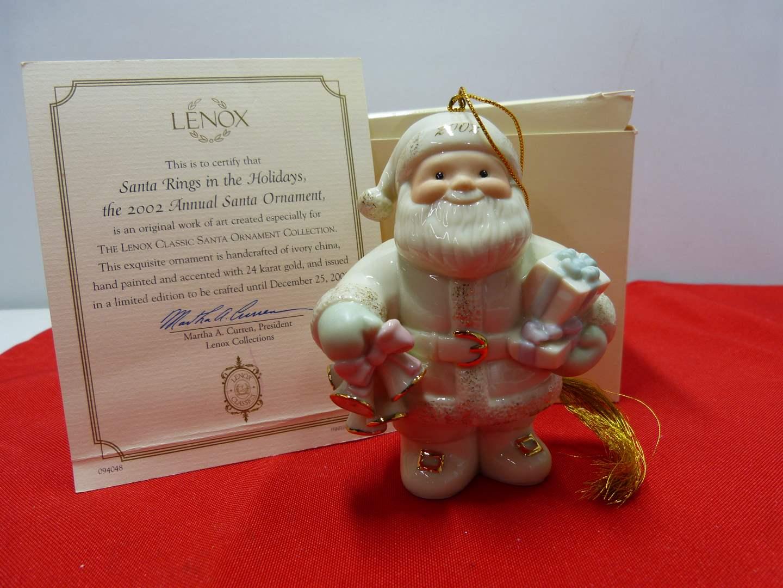 "Lot # 87  New Lenox ""Showcase Collection"" ornament w/box (main image)"
