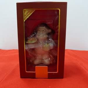 Lot # 94  Great Lenox Christmas Ornament (original box)
